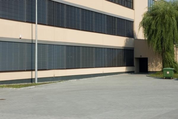 venetian-blinds-272CF7D99D-28E0-C127-D0B8-89D9475B8B38.jpg
